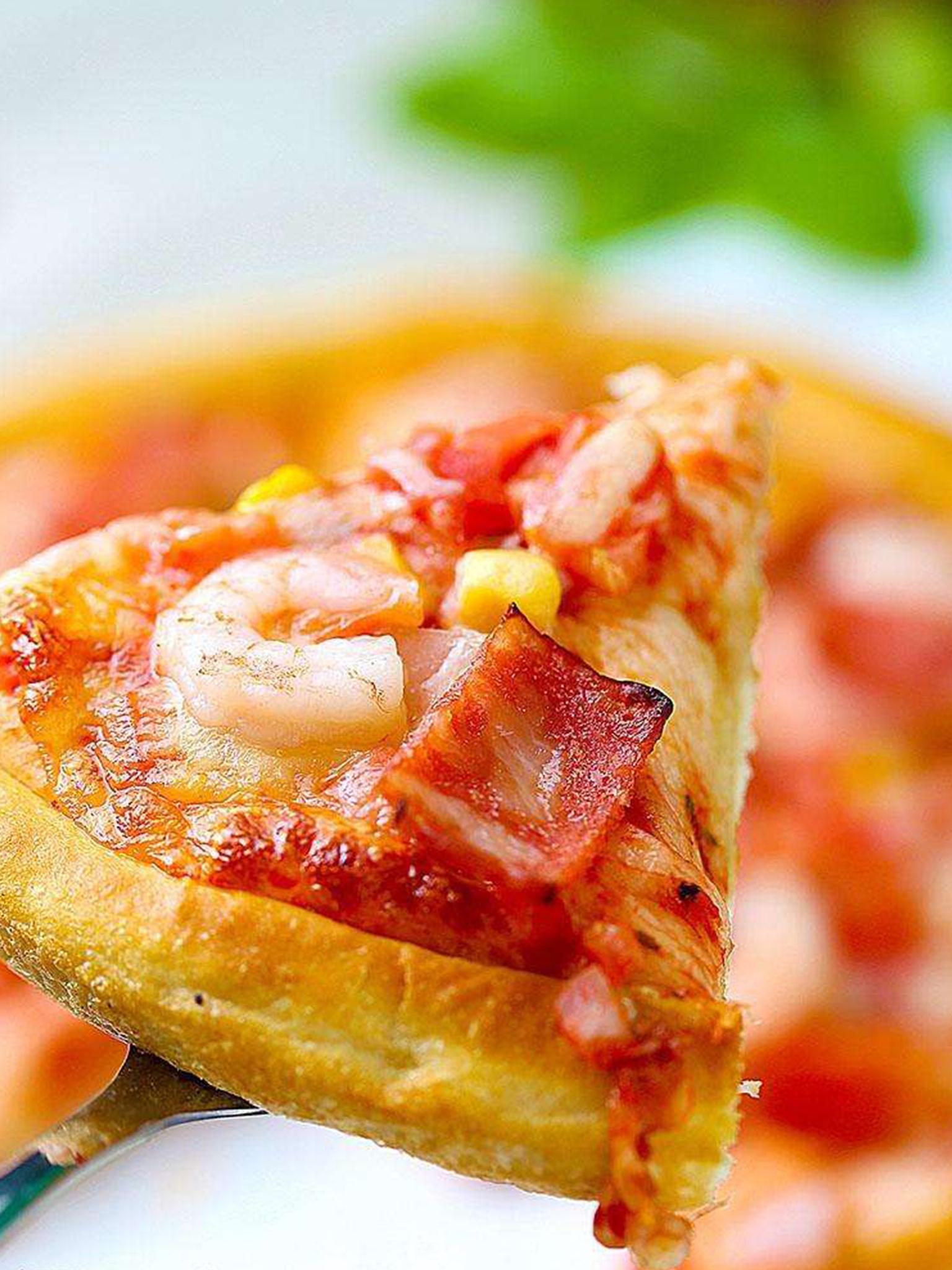虾仁黄桃培根披萨